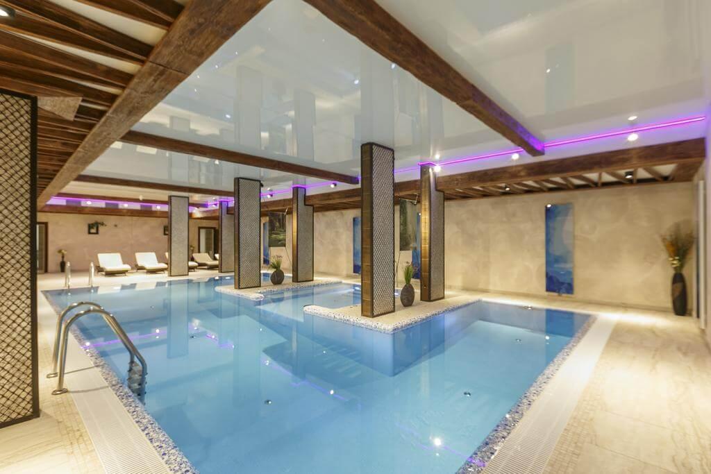 Отели, коттеджи и дома отдыха с бассейном в Подмосковье
